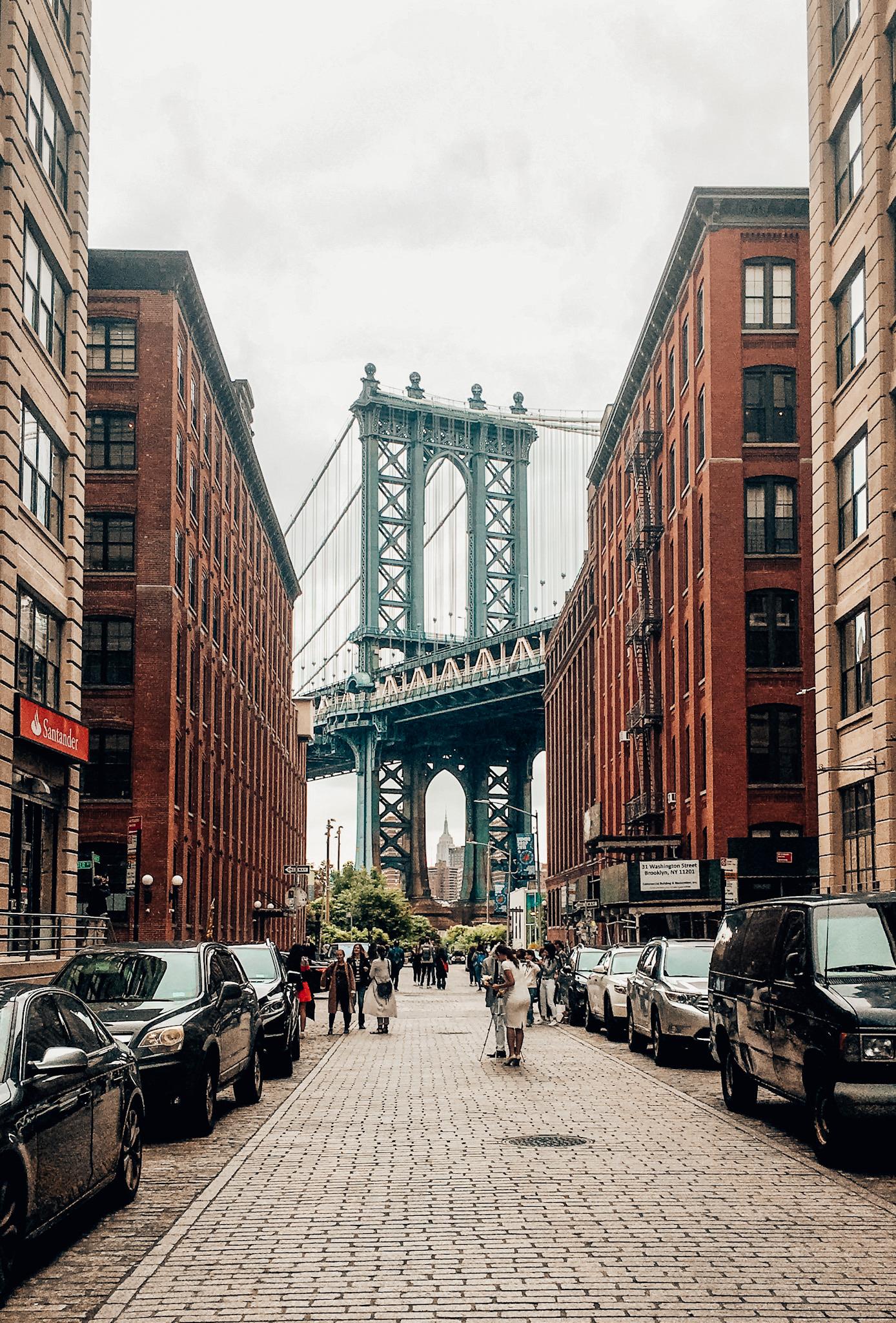 Washington Street in DUMBO with a view of the Manhattan Bridge