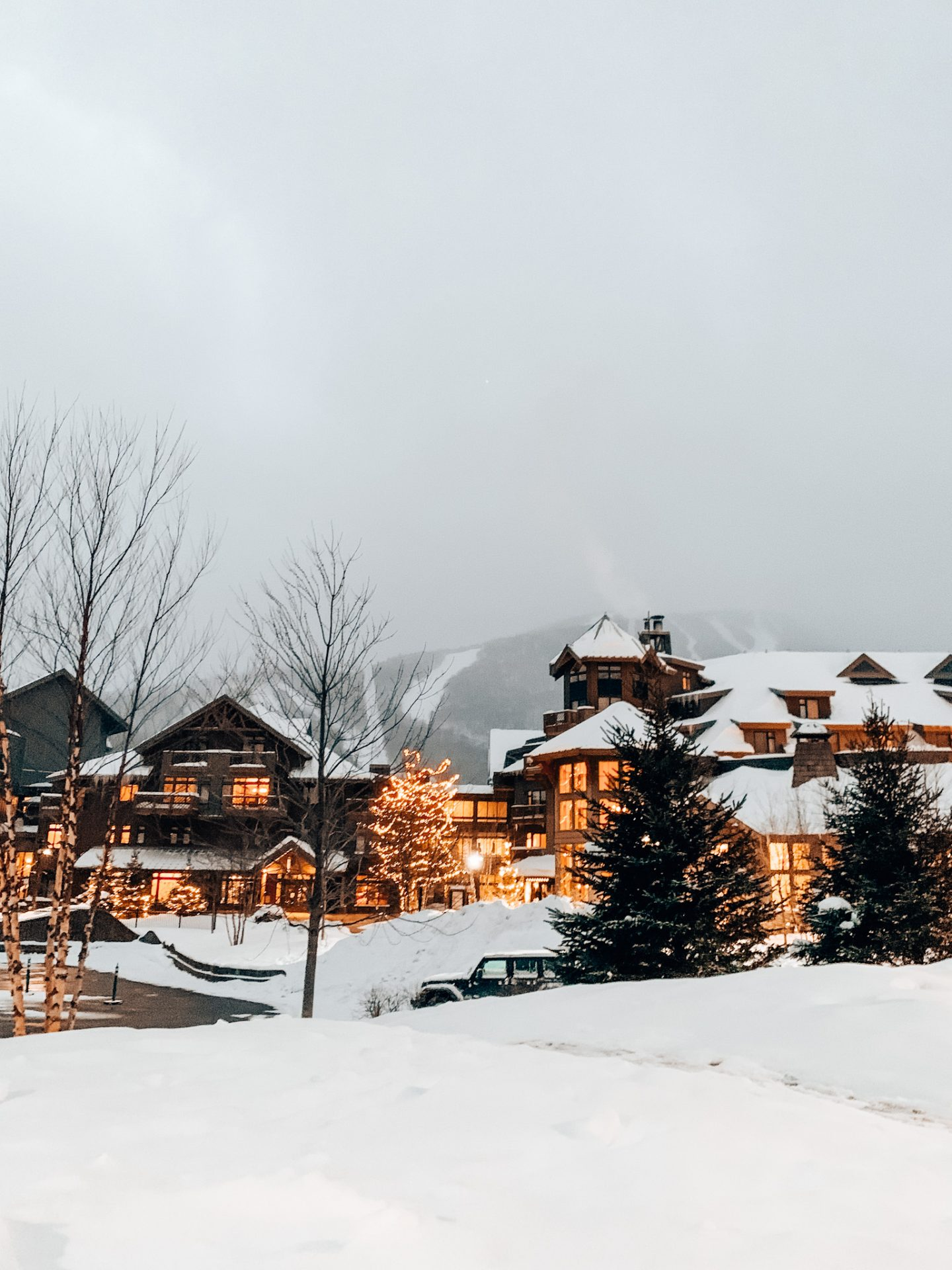 Photo of Stowe, Vermont Lodge with ski mountain in backdrop
