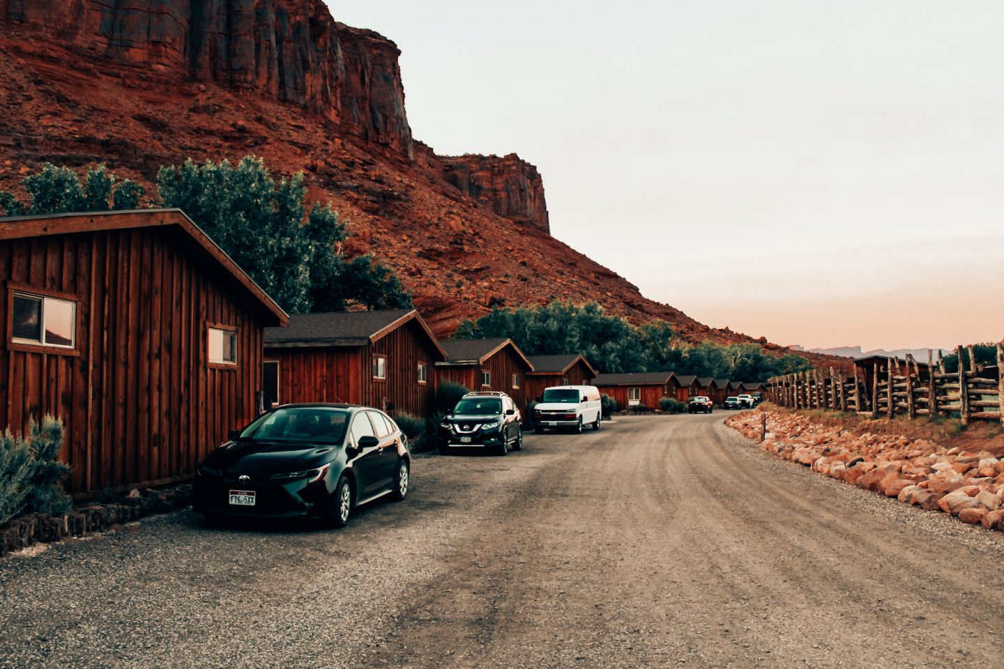 The cabins at Red Cliffs Lodge
